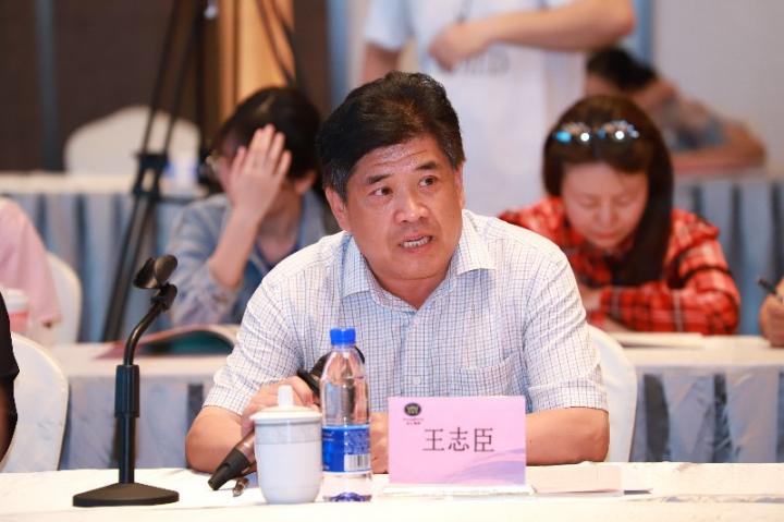 17王志臣副校长在座谈会上讲话.jpg